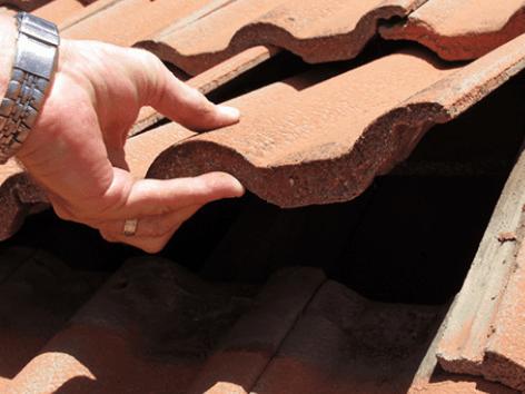Replacing Broken Roof Tiles