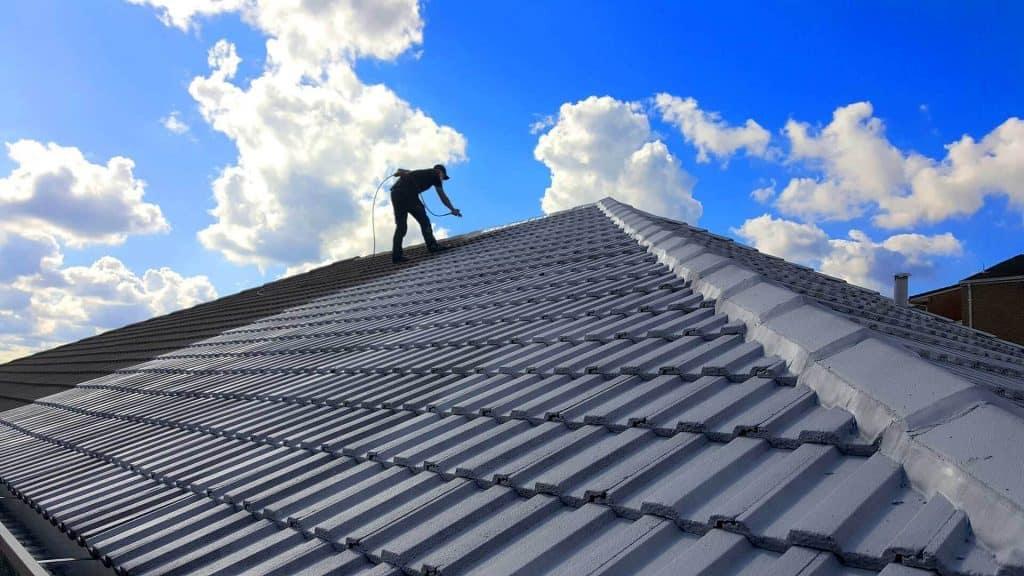 Professional Roof Repainting On The Sunshine Coast